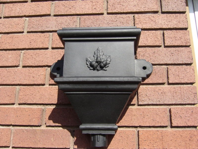 Cast Iron Hopper Head