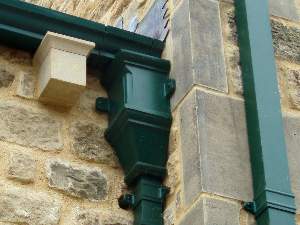 Cast Aluminium Gutters, Downpipe & Hopper Head